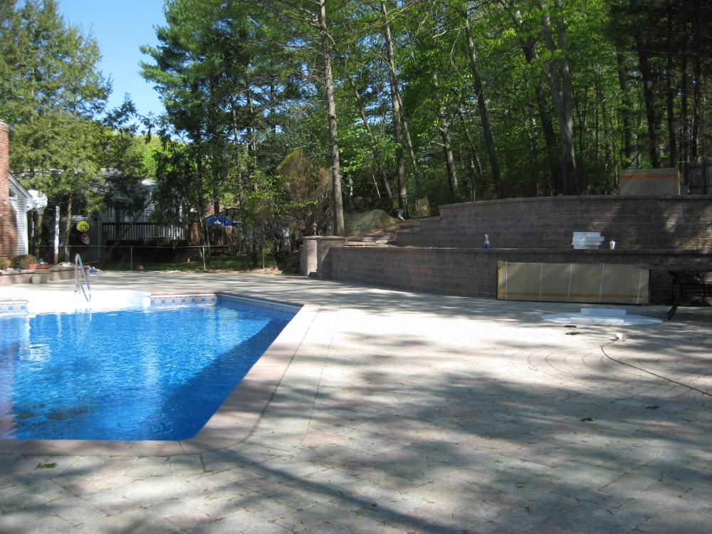 Rockland pavers elegant design driveways walkways for Pool design jobs